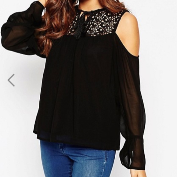 77471f8befbc96 ASOS Cold Shoulder Lace Insert Top